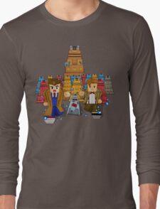 8bit Time traveller vs Robot Droid Dalek Long Sleeve T-Shirt