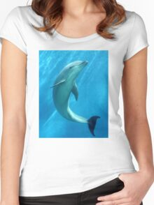 DOLPHIN Women's Fitted Scoop T-Shirt