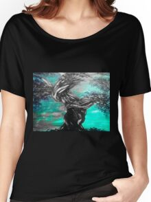 twisted tree on green Women's Relaxed Fit T-Shirt