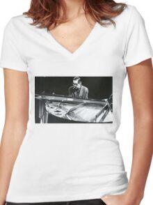 Bill Evans Women's Fitted V-Neck T-Shirt