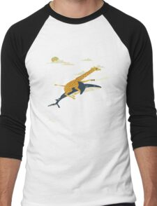 Giraffe riding shark  Men's Baseball ¾ T-Shirt