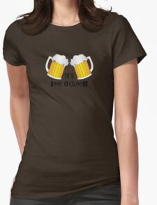 It's Beer O'Clock Funny Oktoberfest Frothy Pint Glasses Womens Fitted T-Shirt