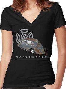 Split Window Bug Women's Fitted V-Neck T-Shirt
