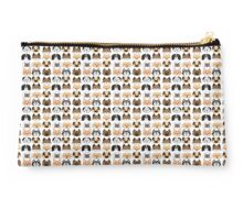 Doggies Studio Pouch