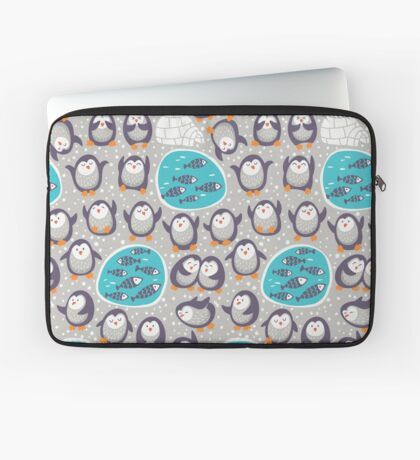 Winter penguins Laptop Sleeve