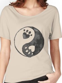 Black Yin-Yang Paw Watercolor Women's Relaxed Fit T-Shirt