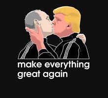 Trump kissing Putin Unisex T-Shirt