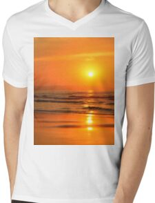 Sun in the beach at sunset Mens V-Neck T-Shirt