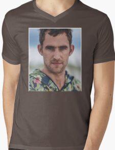 lil kev Mens V-Neck T-Shirt
