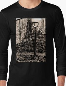 Gardeners Rest Long Sleeve T-Shirt