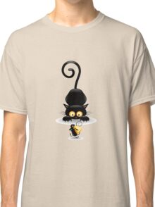 Amusing black cat Classic T-Shirt