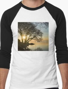 Golden Tranquility - Lacy Tree Silhouettes on the Lake Shore Men's Baseball ¾ T-Shirt