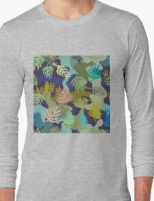 Seamless blue and green camouflage pattern with palm leaves. Long Sleeve T-Shirt
