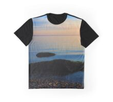 Long Island Sound Horizon In The Morning | East Marion, New York Graphic T-Shirt