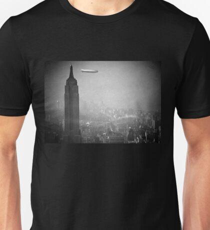 Empire state building zeppelin Unisex T-Shirt