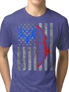 american bow hunting USA flag Tri-blend T-Shirt
