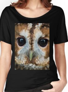 Close up of an owl Women's Relaxed Fit T-Shirt