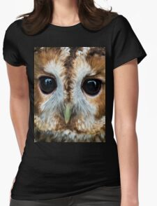 Close up of an owl Womens Fitted T-Shirt