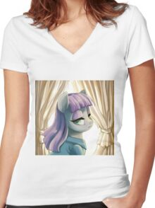 Maud Pie portrait Women's Fitted V-Neck T-Shirt