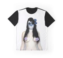 Skull and Roses 2  Graphic T-Shirt
