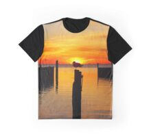 Seagull's Silhouette During Sunrise | Sayville, New York  Graphic T-Shirt