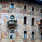 Wall decorations in Trento - Italy by Arie Koene