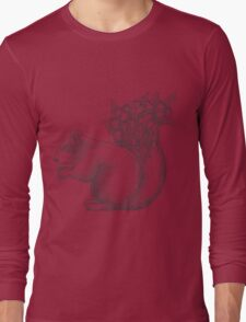 Squirrel with acorns in the tail Long Sleeve T-Shirt