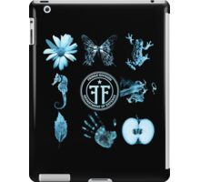 Fringe Glyphs with Division symbol iPad Case/Skin