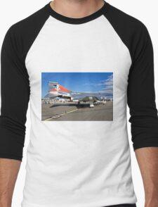 McDonnell F-4K Phantom FG.1 - XV586/R-010 Men's Baseball ¾ T-Shirt