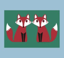 TWO FOXES Baby Tee