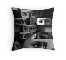 Lexa's eyes Throw Pillow