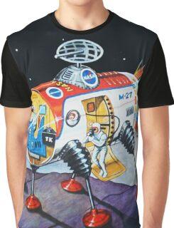 MOON EXPLORER Graphic T-Shirt
