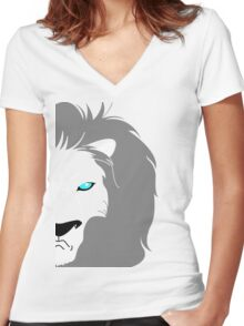 Lion Helmsley Women's Fitted V-Neck T-Shirt