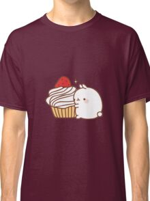 Molang with cupcake Classic T-Shirt