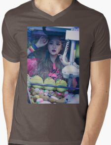 LE exid street Mens V-Neck T-Shirt