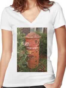 1036 Curious Old Post Box Women's Fitted V-Neck T-Shirt