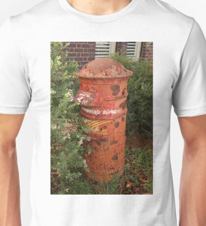 1036 Curious Old Post Box Unisex T-Shirt