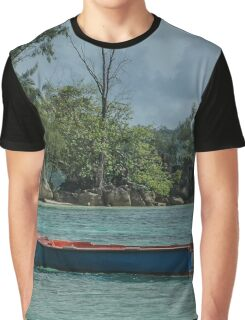 Seychelles Simple Rowing Boat Exotic Location Graphic T-Shirt