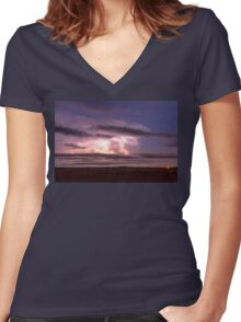 Epic Cloud To Cloud Lightning Storm Women's Fitted V-Neck T-Shirt