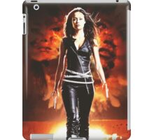 Summer Glau - BADASS WOMEN iPad Case/Skin