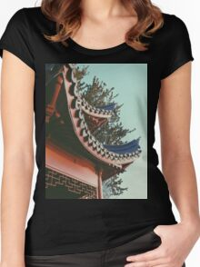 ORIENTAL STANDING Women's Fitted Scoop T-Shirt