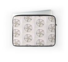 cross hatch star Laptop Sleeve