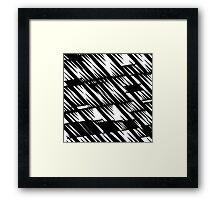 Zacken schwarz Framed Print