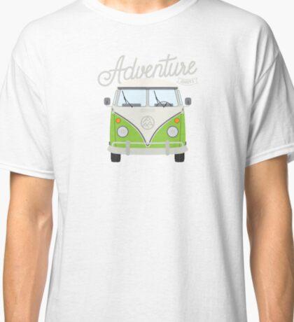 Adventure Awaits (green) Classic T-Shirt