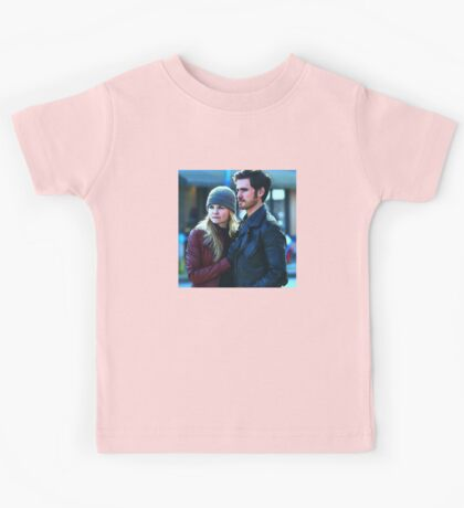 Captain Swan in Storybrooke Comic Poster Logoless Design Kids Tee