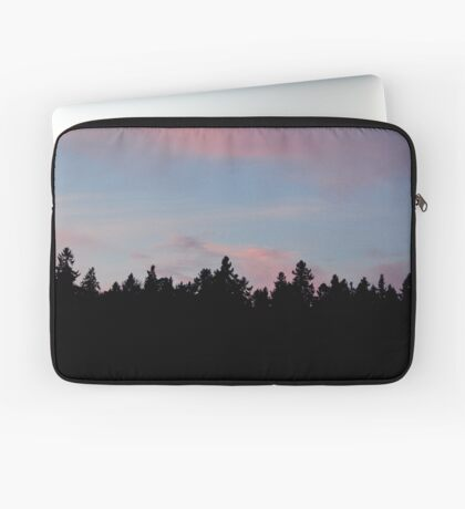 Silhouette of the Northern Nature Laptop Sleeve