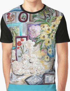 Table of an Art Enthusiast Graphic T-Shirt