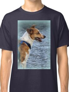 dog at lake Classic T-Shirt