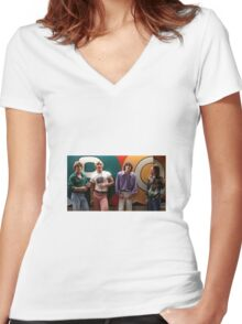dazed and confused Women's Fitted V-Neck T-Shirt
