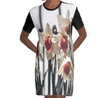 Daffodils in Spring Graphic T-Shirt Dress